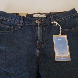 NWT Levi 515 shorts